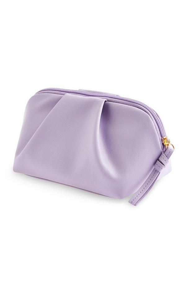 Violette Make-up-Tasche mit weichem Volumen