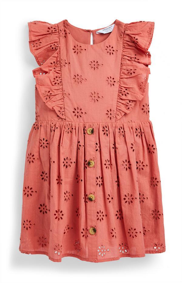 Rode jurk met broderie anglaise en ruches voor meisjes