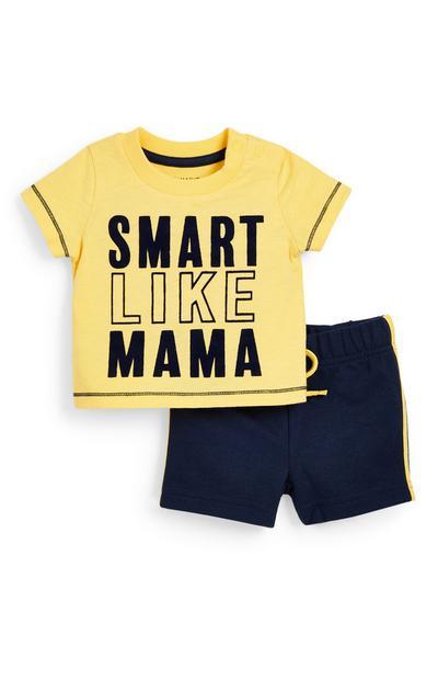 Conjunto de camiseta y pantalón corto de punto amarillo y azul marino con texto para bebé niño