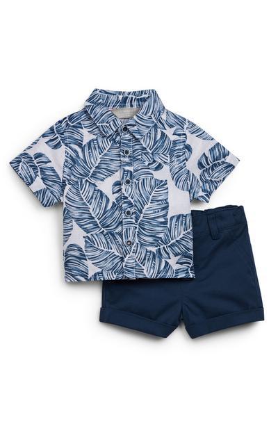 Conjunto de camisa con estampado de hojas y pantalón corto azul marino para bebé niño