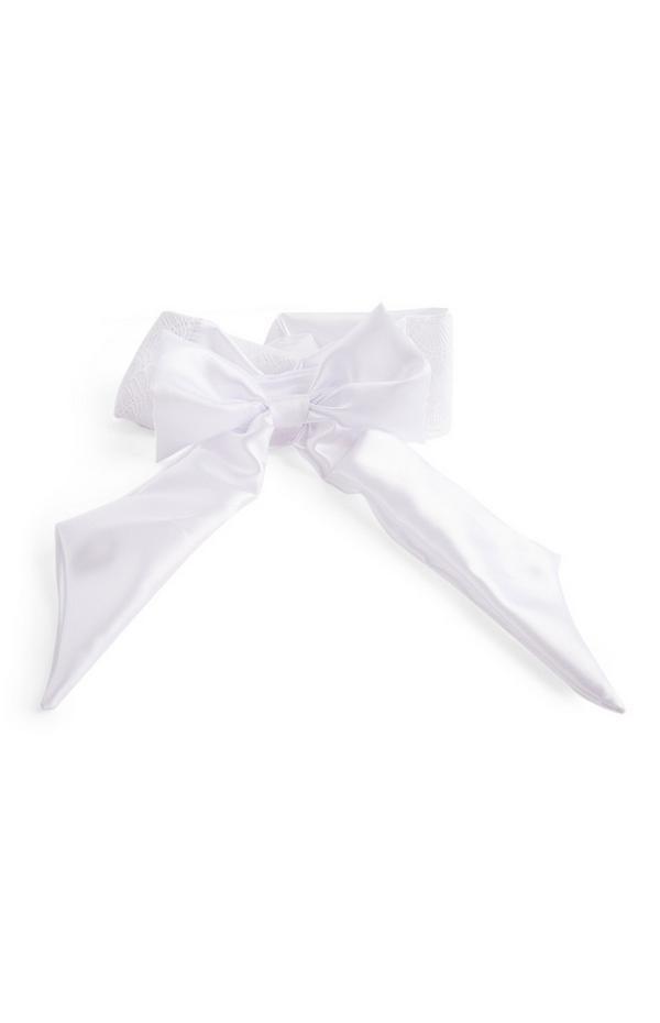 Witte haarband voor bruid