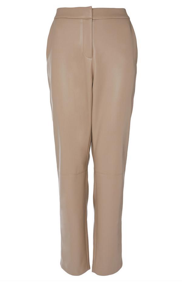 Crèmekleurige broek van PU-imitatieleer