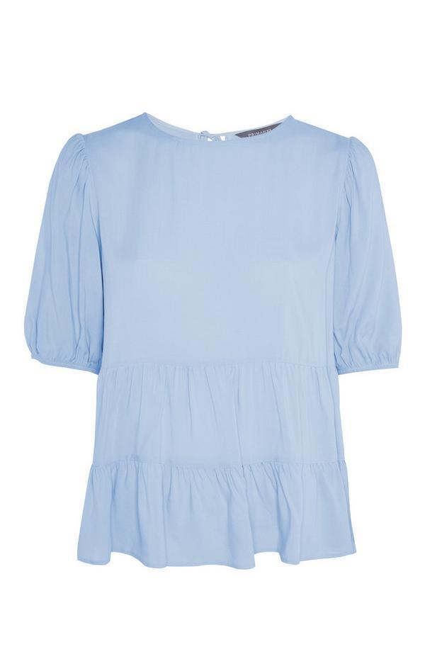 T-shirt bleu pastel smocké à superpositions