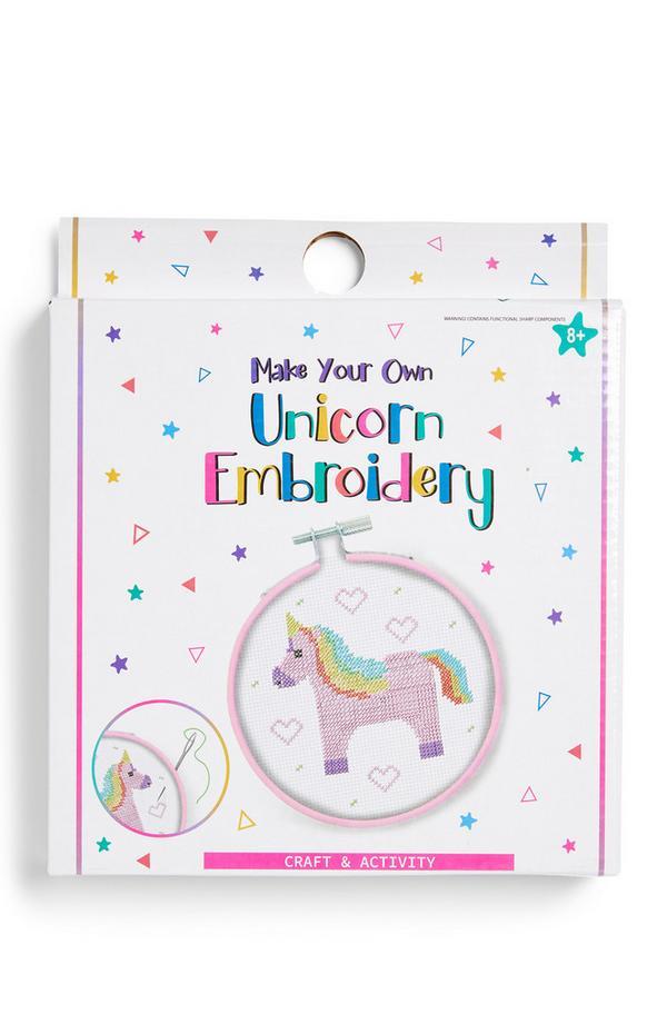 Bastidor de bordado para crear tu propio unicornio