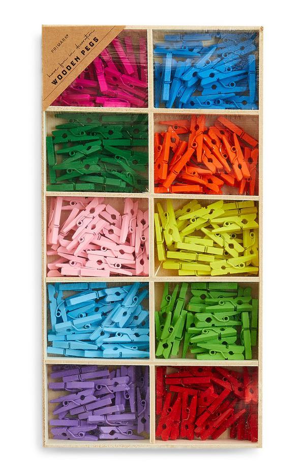 Meerkleurige houten knutselknijpers