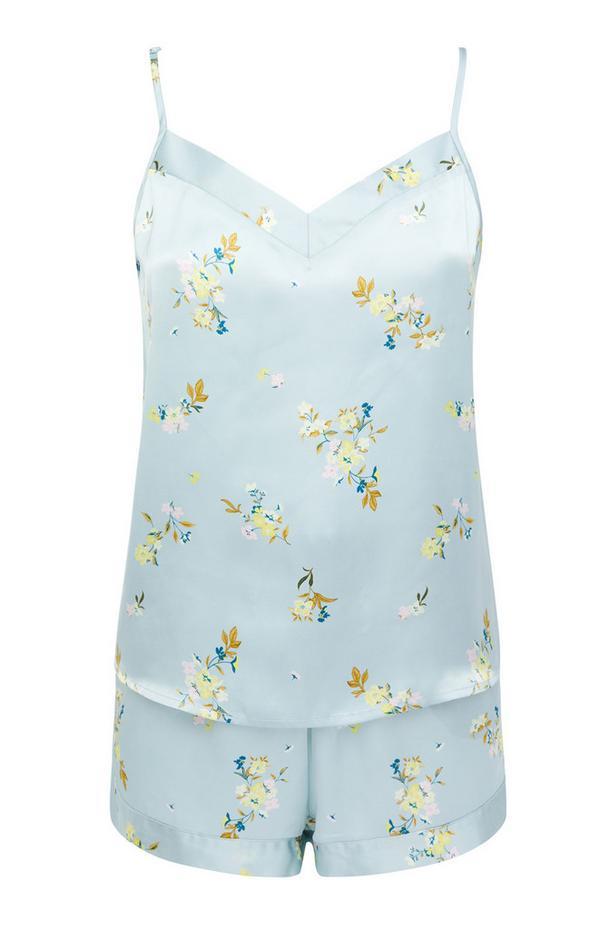 Blauwe satijnen shortama met hemdje en short met bloemenprint
