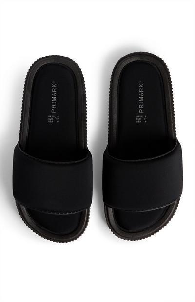 Claquettes noires compensées confortables
