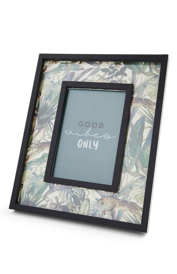 Cadre photo noir avec bords à imprimé feuilles