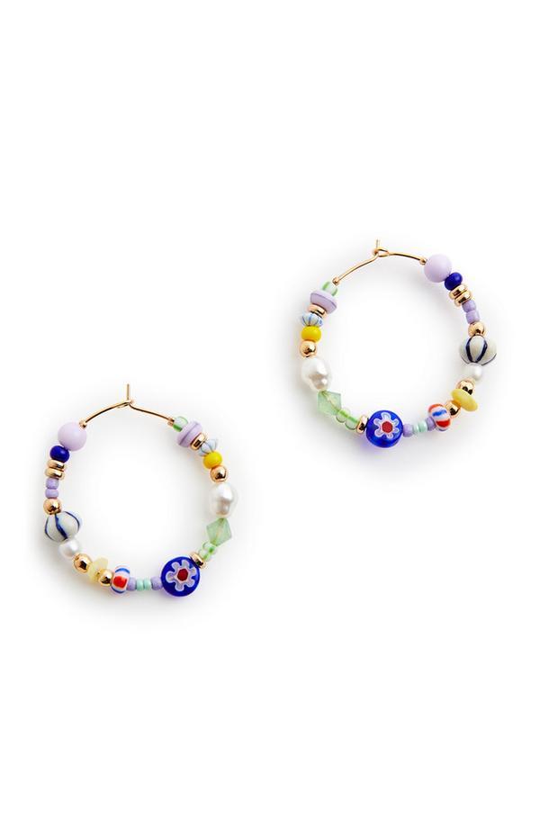 Obročasti uhani z večbarvnimi perlicami