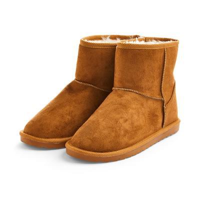 Older Girl Tan Snug Boots