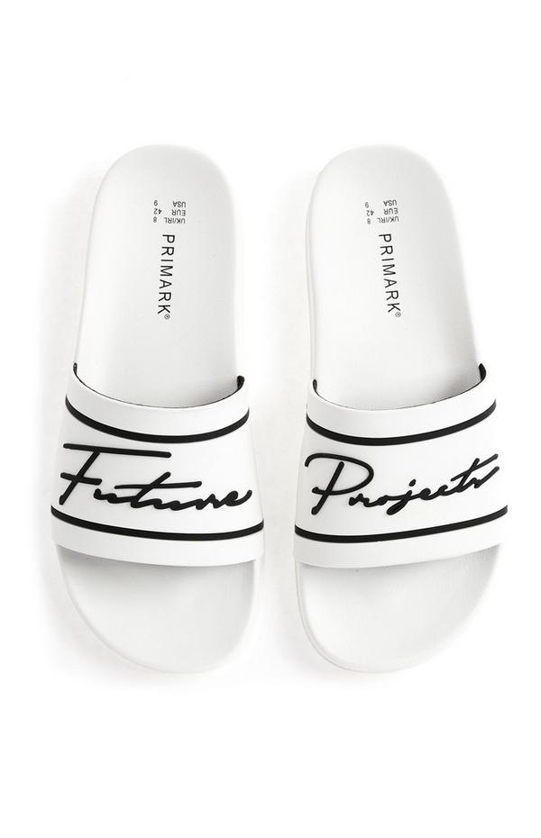 Witte slippers Future Projects