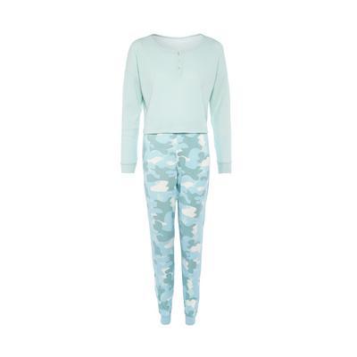 Kuscheliges blaues Strick-Pyjamaset