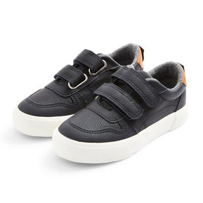 Baskets basses noires en simili cuir garçon