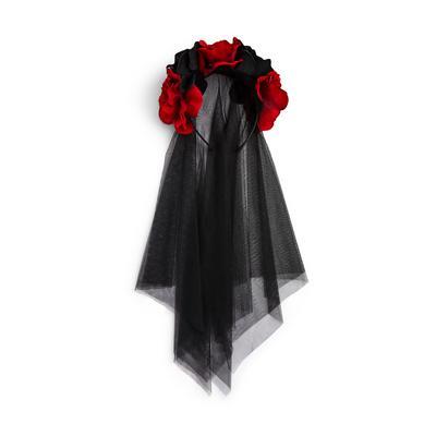 Voile noir avec couronne de fleurs pour Halloween
