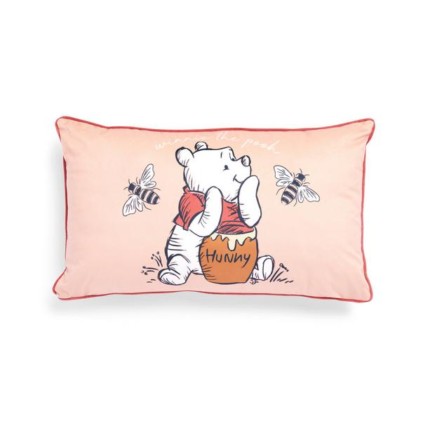 Coussin rectangulaire rose poudré en velours Winnie The Pooh Cares