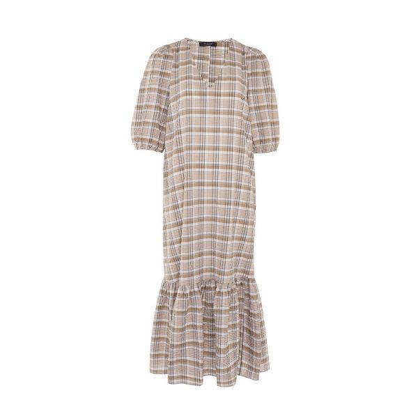 Beige halflange geruite jurk met volant