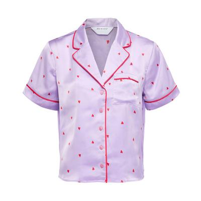 Haut de pyjama lilas en satin à manches courtes et imprimé cœurs