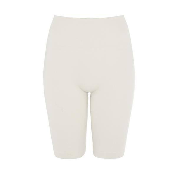 Slonokoščene brezšivne kratke hlače
